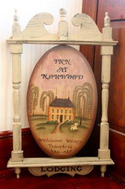 Inn at Norwood Sign